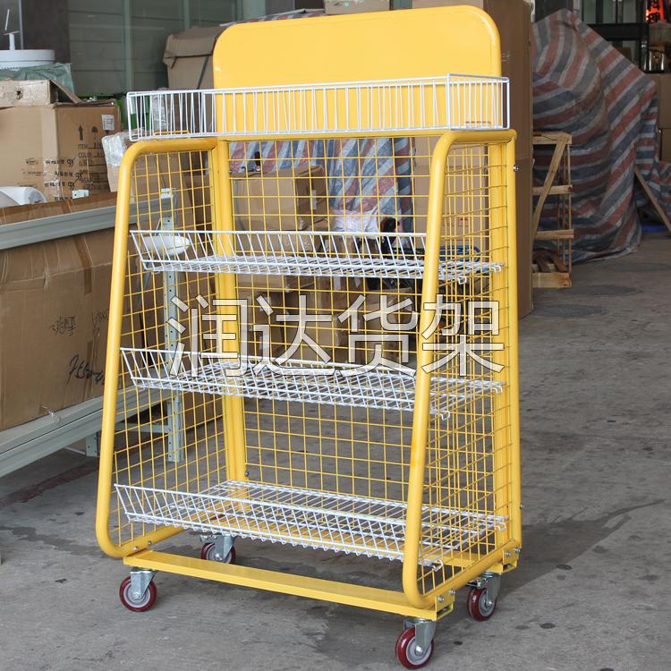 重庆CBT(进口商品直销中心)精品饰品店货架工程竣工