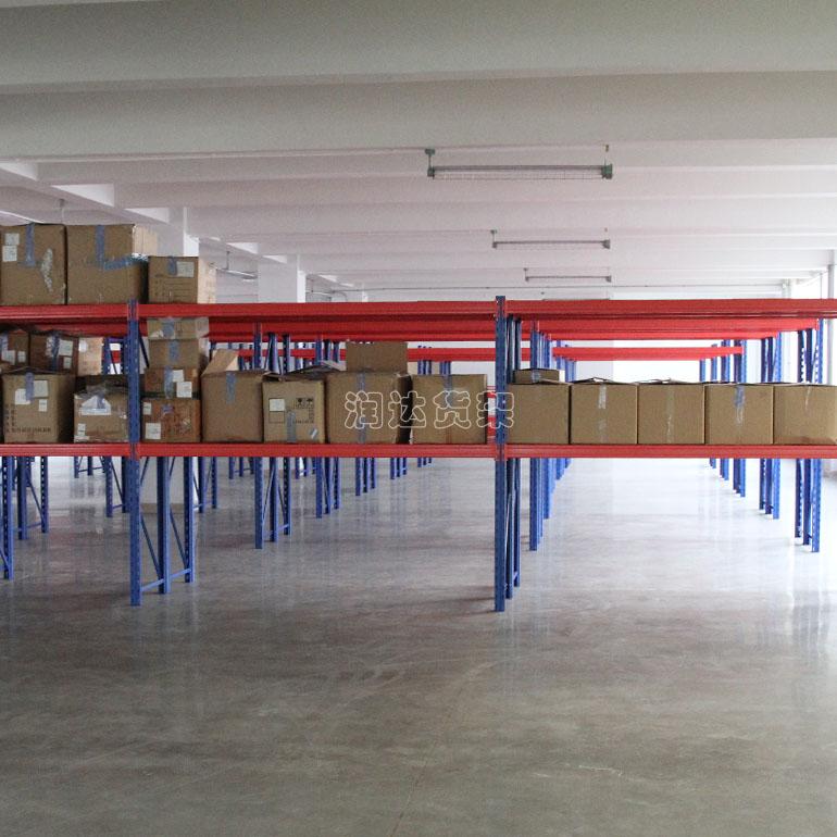 贯通式仓库专用货架的优势