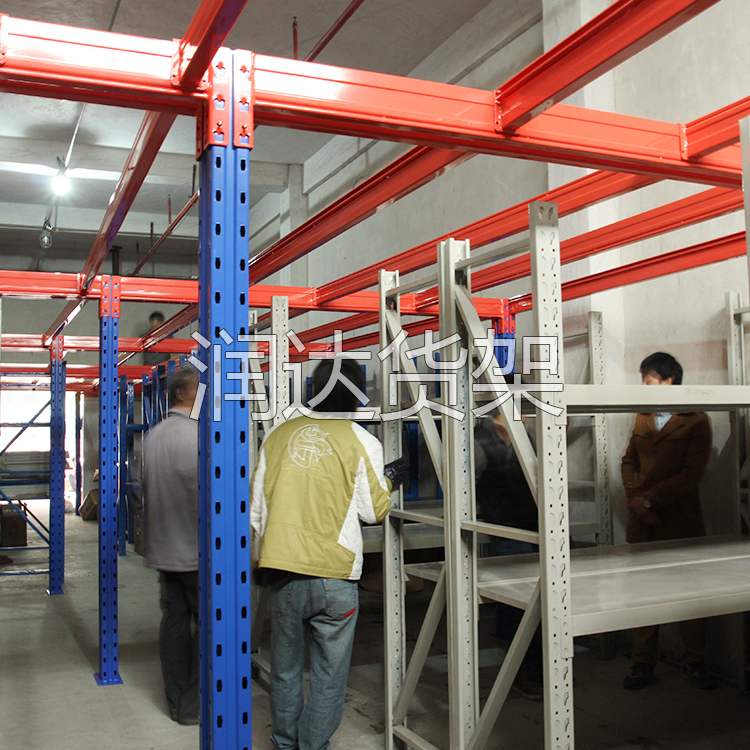 成型仓储货架后对表面的处理