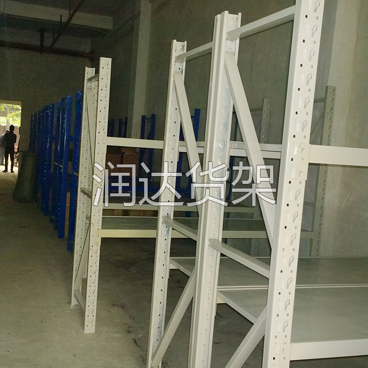 ·新仓库移动货架保养的几个小办法