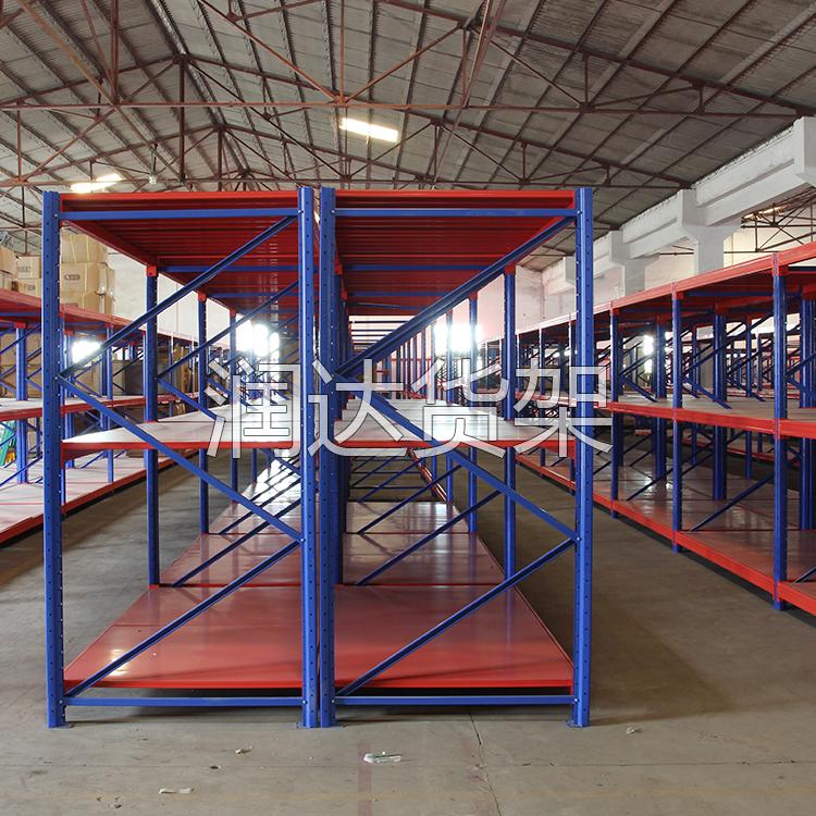 货架设计解决仓库空间不足缺陷.