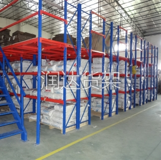 仓储式钢格栅板平台的应用优势