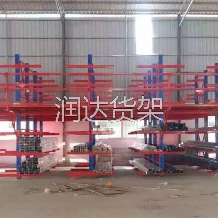 广州仓库货架:仓库储存解决方案。