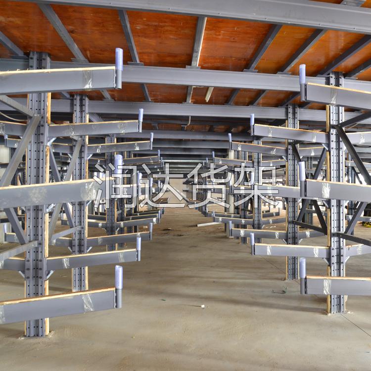 阁楼式仓储货架的特点