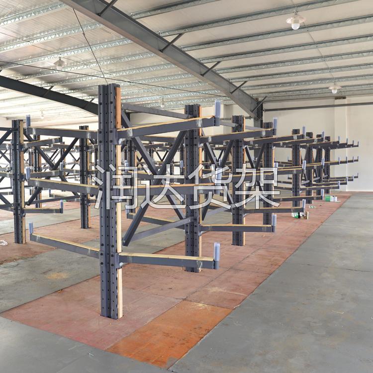 想要定制合适的阁楼货架,首先要了解阁楼货架的结构特点
