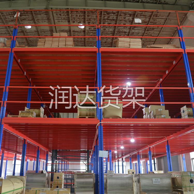 东莞广州阁楼楼梯使用安全需注意什么