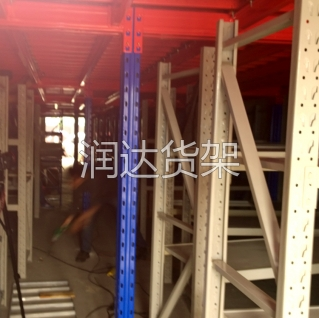 润达货架阁楼式货架在仓储货架中