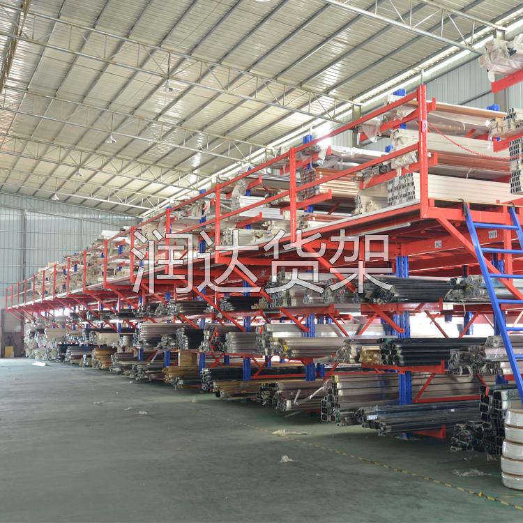 三层钢搜平台网产品特点和层载重因素