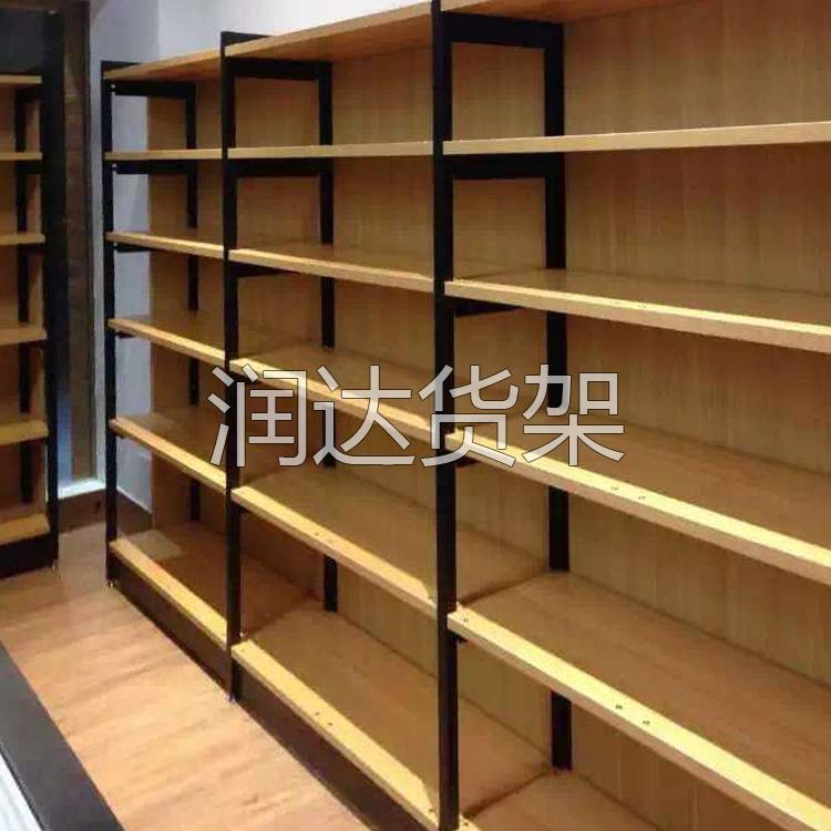 木板货架和压入式货架的特点及应用
